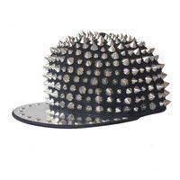 جديد الهيب هوب الشرير الصخرة القبعات سبايك الأزرار والمسامير سنببك رجال القبعات الربيع والخريف جاهزة قبعات البيسبول