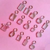 50PCS / 부지 사각형 심장 라운드 스타일 투명 빈 아크릴 삽입 사진 액자 열쇠 고리 키 체인 DIY의 분할 링 선물