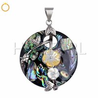 Gorgeous Pendant Handcrafted Genuine Abalone Natural Sea Pau...