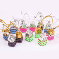 Küp Parfüm Şişesi Elmas Parfüm Cam Şişeler Araba Asılı Parfüm Dikiz Süs Asmak Halat Kolye Boş Ambalaj Şişeleri GGA2104