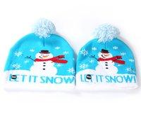 بين الوالدين والطفل القبعات الاطفال في فصل الشتاء LED الحياكة قبعة بقيادة الإضاءة بوم قبعة صغيرة الاطفال الكبار ندفة الثلج عيد الميلاد الكروشيه القبعات أضواء محبوك قبعة عيد الميلاد