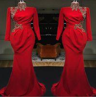 Images réelles Rouges High Col Sirène Long Soirée Robes de soirée 2020 manches longues Satin Ruchée Dentelle Applique Formel Fête Muslim Pal Robes