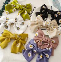 18cm Big Bows Hair Clip Girls Daisy Printed Satin Bows Clip Boutique Barn Prinsessan Hårtillbehör Kvinnor BOWS Barrettes A2834