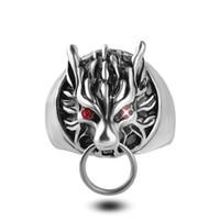 Anello da uomo con testa di lupo anelli d'argento freddi per uomo Final Fantasy Anelli da motociclista Occhi di cristallo rosso gotico gioielli vintage Taglia: US 8-11 #