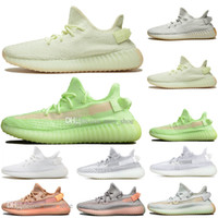 Expédition rapide Kanye West Clay V2 Static Glow Reflective In The Dark Hommes Chaussures de Course Hyperspace True Form Femmes Sport Designer Baskets
