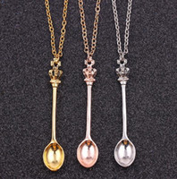 Joyería al por mayor, collar de cadena, oro, plata, corona mini tetera Royal Alice Snuff Necklace, Crown Spoon colgante collar para hombres mujeres regalo