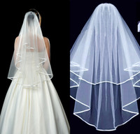 WashiDestress barato blanco marfil de dos capas de la cinta de la cinta del borde de la boda del tul corto con el accesorio de la boda del peine para mujer