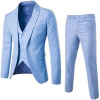Light Sky Blue Slim Fit Trajes de hombre de 3 piezas Trajes de padrino de boda para novios de novio Por encargo Un botón Hombre Trajes Chaqueta Pantalones Chaleco