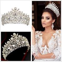 Neue Luxus Brautkronen Tiaras Stirnband für Hochzeitsschmuck Geburtstagsfeier Headstücke Haardekors Juwelen Zubehör Bräute Juwelrys