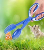 Pet Pooper Scoopers Scissor Estilo Limpeza Cocô de Cachorro Pegar Animal Waste Cachorro Cachorro Cat Waste Picker Ao Ar Livre Ferramentas de Limpeza