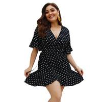 Короткие Flare рукавом Высокая Талия свободные плюс размер 3XL 4XL платье женщины Vestido повседневное лето точка зашнуровать глубокий V-образным вырезом платье