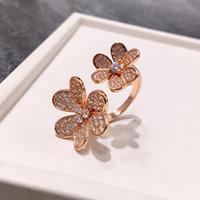 Monili di modo pieno di diamante del trifoglio sei Fiore di apertura Fiore doppio rosa oro argento anello per la donna