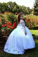 Vintage Flower Girls Robes pour White Blanc avec demi-manches courtes Dentelle Tulle A Ligne Ruchée Kids Petites filles Première robe de communion