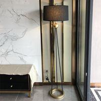 미국 스타일의 복고풍 LED 철 플로어 램프 침실 거실에 서 램프 호텔 장식 층 전등 조명기구 조명