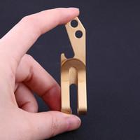 Engrenagem portátil de Bolso EDC ferramentas De Metal latão clipe para notebooks acessório chave de fenda Carteira ferramentas ao ar livre Abridor de Garrafa De Cerveja