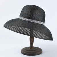 Hepburn Style Wide Brim Sombreros French Black and White Wide Brim Sombrero de paja Verano al aire libre Viajes Protección solar Sombrero de sol