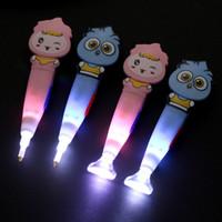 새로운 귀여운 다이아몬드 회화 드릴 LED 펜 라이트 크로스 스티치 모자이크 자수 키트 펜 접착제 플라스틱 트레이 설정 도구를 회화
