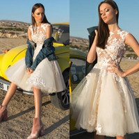 2019 Country Lace Short Beach Wedding Dresses Appliqued A Li...