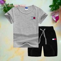 T0MY Little Kids Sets 1-7T Childrens T-shirt O-Collo Pantaloni corti 2 Pz / set Boys Girls Pure Cotton Stampa Logo Bambini Set estivo