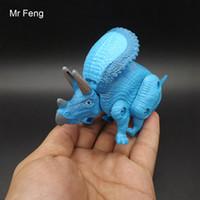 Triceratopo Uovo Dinosauro Giocattoli in plastica Modello Action Figures Regalo per ragazzi (Numero modello IWD828-3)