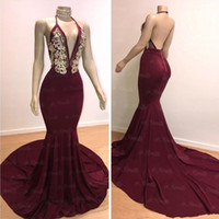 Borgogna Prom Dresses 2019 Sexy Mermaid Halter collo aperto indietro Abiti da sera oro di cristallo Bead Party Ball Red Carpet Dress