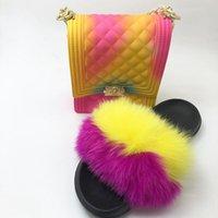 Mode-Frauen-Pelz Slipper Set-Handtasche Pelz realen Pelz Slides Schuhe Regenbogen-bunten Gelee-Schulter-Beutel-Süßigkeit Umhängetasche Geldbeutel