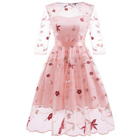 2019 femmes nouvelle robe en dentelle brodé à la main des fleurs Vintage et Maple Leaf Design en pointillé Puffy Dress Party Costume