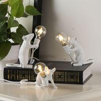 الإبداعية الراتنج الحيوان الجرذ الفأر مصباح طاولة ميني ماوس صغير لطيف مكتب أضواء LED ليلة ديكور المنزل أضواء مصباح السرير EU / AU / الولايات المتحدة / المملكة المتحدة التوصيل