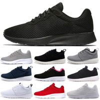 Nike shoes Comercio al por mayor 2018 zapatillas corrientes Tanjun negro blanco Hombres Mujeres Deportes Running London Olympic Shoes Walking Sporting Shoes Sneakers scarpe