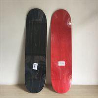 Caliente 2pcs de lujo / porción Monopatín en blanco color cubierta de arce canadiense skate board Rojo Verde Negro Colores disponibles