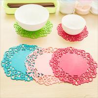 Ronde main PVC pad mat dentelle place de table en coton tissu crochet napperon tasse tasse de thé de Noël café montagnes poêle cuisine napperon