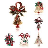 2020 Moda Trend Luxury Yeni Noel Yapay elmas Ağacı Bell Broş Pin Kadınlar Kristal Parlak Parti Benzersiz Tatlı Giyim Noel Hediye