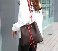패션 최고 품질의 정품 가죽 버킷 가방 여성 크로스 바디 지갑을 인쇄 유명한 졸라 매는 끈 핸드백 꽃
