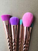 Pennelli trucco set spazzola delle estetiche 5 brillante colore oro rosa a spirale gambo trucco pennello trucco vite unicorno attrezzi 5pcs / set
