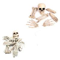 Skeleton Halloween Prop plástico realistas Ossos humanos Crânio estatueta para Halloween Party Decoration Início Jardim Horror Prop JK1909XB