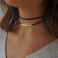 2019 Nueva moda Tubo de flexión Collar de gargantilla de terciopelo Estilo de doble capa Torque Collar de cuero corto negro Charm Collier Femme