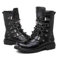 Botas de la venta caliente de los hombres la militar botas genuino del invierno del cuero partido de la vaca Negro metal gótico punk Botas Zapatos masculinos de la motocicleta Botas Hombre 20D50