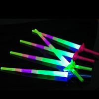 Brilhante elogio Quatro telescópico Varas do fulgor ilumina acima Brinquedos para Concert Xmas Music Bar Actividades Props Bar Light Stick Toy Luminous Eletrônico