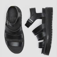 Роскошные дизайнерские гладиаторы сандалии женщины черные летние причинно-следственные туфли удобные натуральные кожаные пряжки платформы сандалии 35-41
