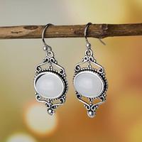 Best Selling retro simples artificiais Moonstone Dangle Brincos para Pattern Flower Estilo Mulheres Tribunal Brincos festa de jóias