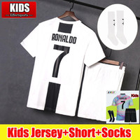 Joven 2018 2019 RONALDO Juventus Kids Soccer Jerseys Kit 18/19 EA Sports 4to Kits completos DYBALA Ea Sports Juve CR7 Camisetas de fútbol con calcetines