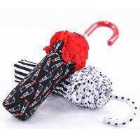 Gebogener Griff Spitze Regenschirm Reise Kreative Falten UV Sonnig Und Regnerisch Schwarz Weiß Streifen Lippenstift Print Regenschirme Geschenk DH0875