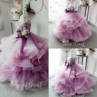 Vestidos de niña de flores púrpuras de encaje para boda faldas escalonadas de tul vestido de bola apliquen de tul niñas pequeños vestido de recuento Primeros vestidos de comunión