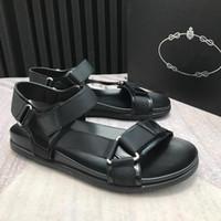 Nueva moda de verano ocio playa hombres zapatos de alta calidad sandalias de gancho bucle zapatos de playa al aire libre para hombre sandalias transpirables tamaño 38-45