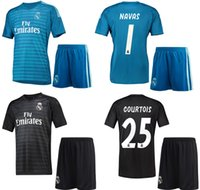 18 19 Real Madrid Goalkeeper Soccer Jersey Shorts 2018 19 CO...