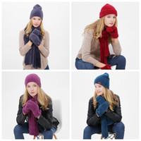 Cálido otoño y el invierno al aire libre gorritas Esquí Deporte prueba de viento Cap Knited sombrero de la bufanda táctil guantes de la pantalla de tres piezas traje de regalos ZZA913