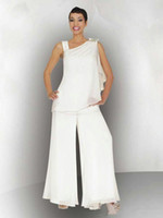 2019 أنيقة بيضاء أم العروس العريس بانت البدلة Ruched كريستال زائد الحجم الأبيض الشيفون فساتين الزفاف الرسمي ضيف