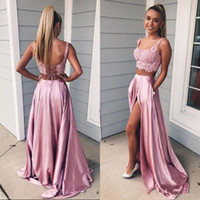 2019 Due pezzi Prom Dresses Scoop Neck Sleeveless aperto indietro Corsetto Lace Crop Top Sexy High Split Abiti da sera lunghi Sweep Train