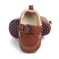أحذية الأطفال حديثي الولادة Prewalker الطفل الطفل لينة وحيد أحذية الجلد المدبوغ بوي الأخفاف أحذية عارضة