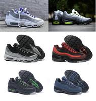 2019 95 أحذية الرجال الأحذية الرياضية 95 OG مصمم رجالي فاخر 95s الرجال الأحمر الأصفر النيون الأبيض حذاء عرضي رجل حذاء رياضة حجم 36-46